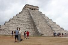 The El Castillo pyramid at the Chichén Itzá