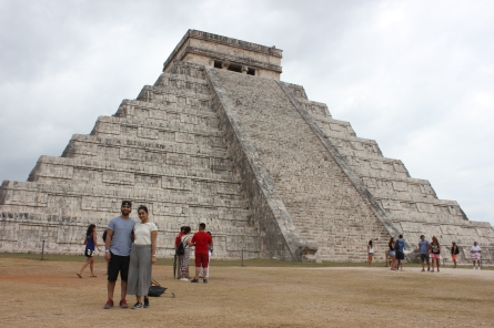 The El Castillo pyramid at the Chichén Itzá