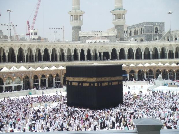 Kaaba in Masdi-al-haram in saudi arabia_hajj